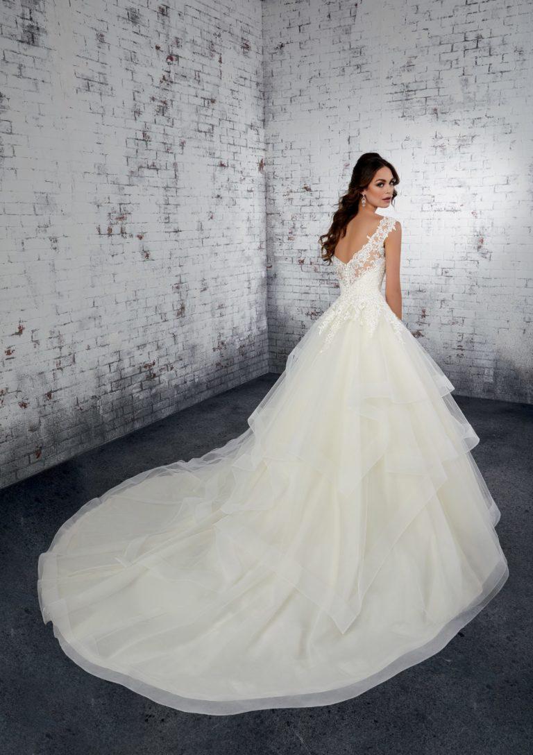 Brautstodl Weiden Brautkleider mit Schleppe
