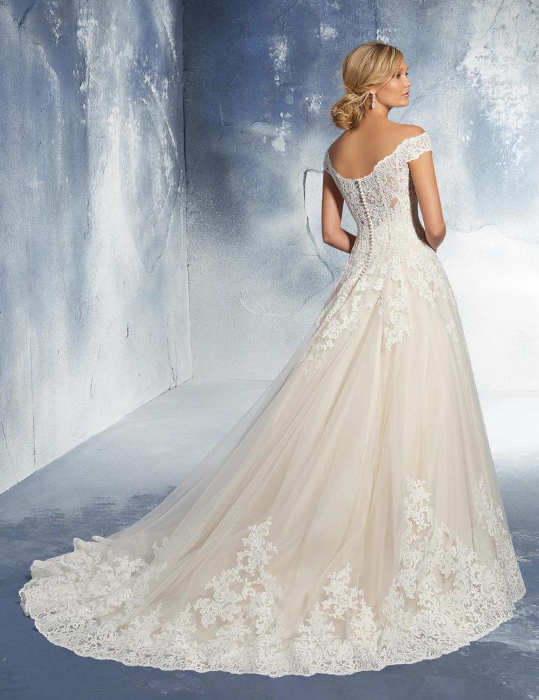 Brautkleider Weiden Ivory mit Spitze