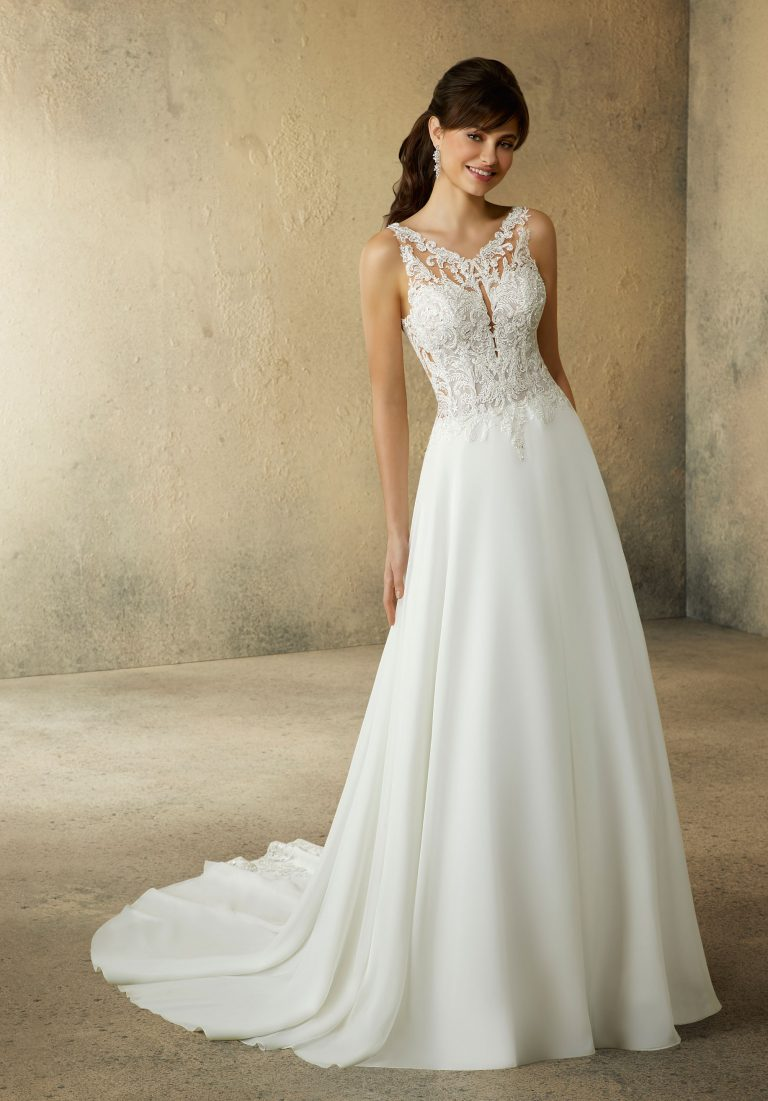 Brautkleid mit Spitze, Brautstodl Weiden